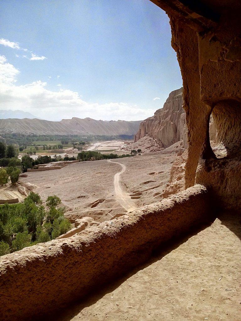 Balkon z widokiem na całą dolinę Bamyan