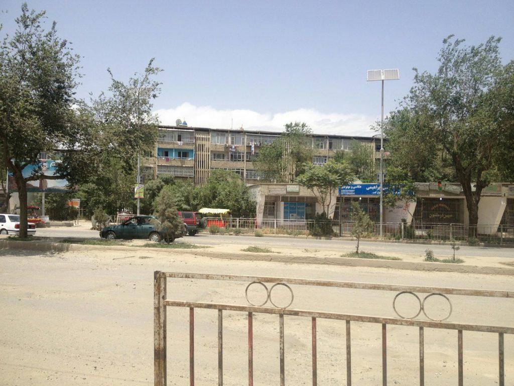 Osiedle bloków z płyty zbudowanych pod rosyjską okupacją