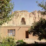 Nisza po większym posągu buddy w Bamyan