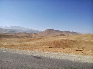 Widoki tuż po wyjechaniu z doliny Bamyan