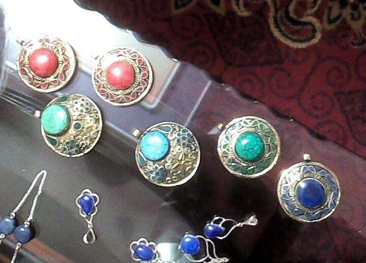 Biżuteria z kamieniami szlachetnymi, Pamiątki z Kabulu