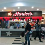 Hardee's w centrum handlowym Centaurus w Islamabadzie