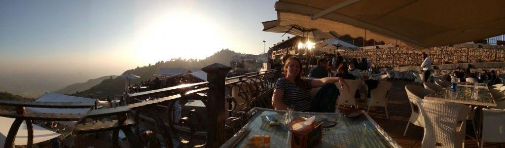 Panorama z widokiem na Islamabad z restauracji Munal