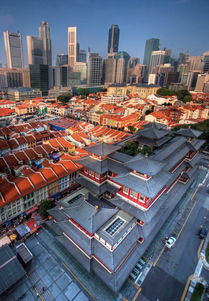 Świątynia Złotego Zęba Buddy w dzielnicy Chinatown w Singapurze