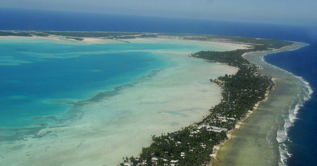 Kiribati to jeden z krajów najbardziej zagrożonych całkowitym zalaniem w związku z ocieplaniem się klimatu