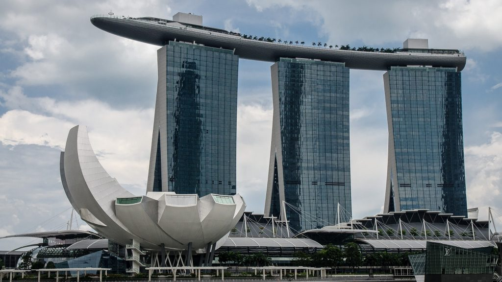 Hotel Marina Bay Sands w Singapurze. Numer 1 na liście 5 największych atrakcji turystycznych Singapuru.