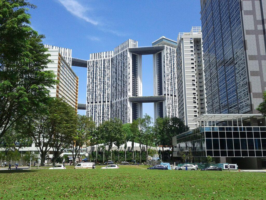 Pinnacle at Duxton to blok komunalny z najdroższymi obecnie mieszkaniami w Singapurze. Blokowiska które nie straszą