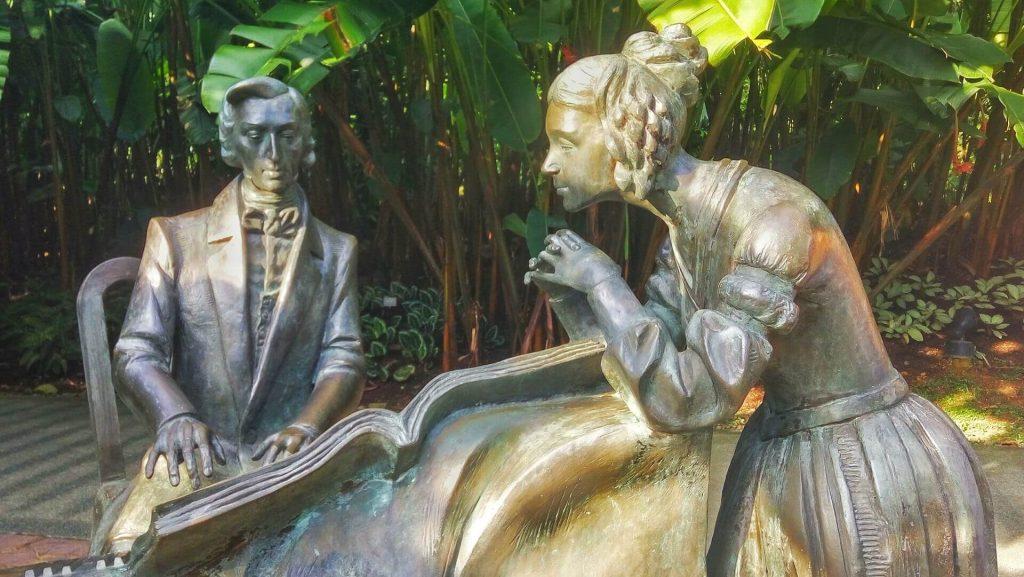 Pomnik Fryderyka Szopena w ogrodzie botanicznym w Singapurze