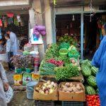 Sklep z warzywami na jeden z Kabulskich ulic
