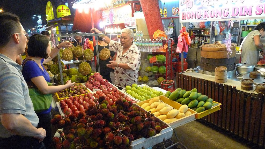 Stoisko z owocami w Kuala Lumpur