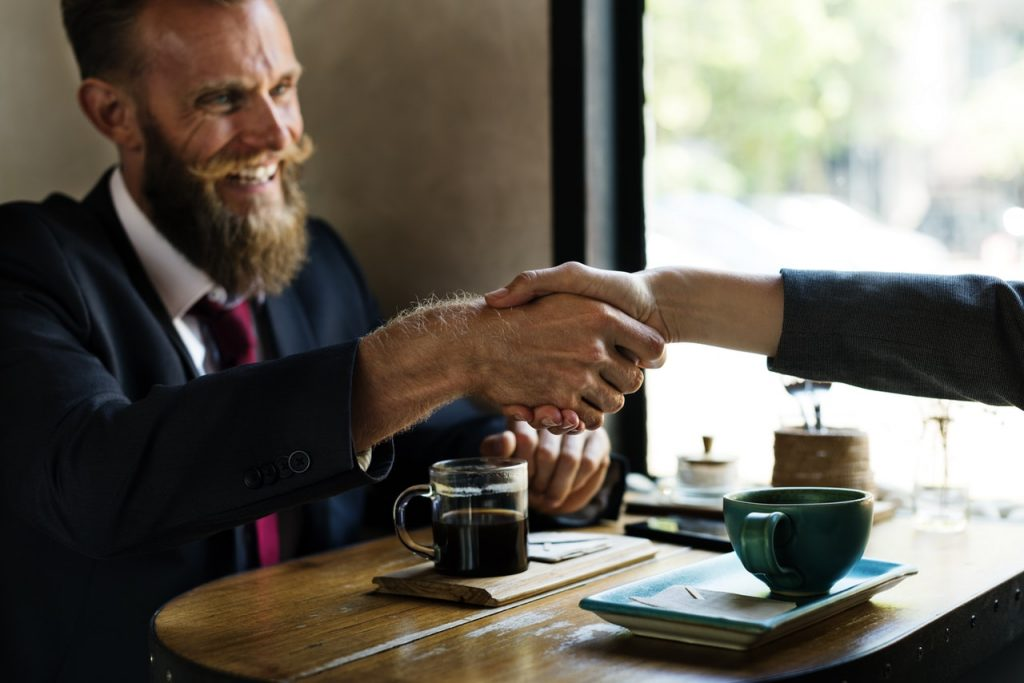 Tak jak na załączonym obrazku żeby prowadzić startup najlepiej jakbyście mieli hipsterską brodę