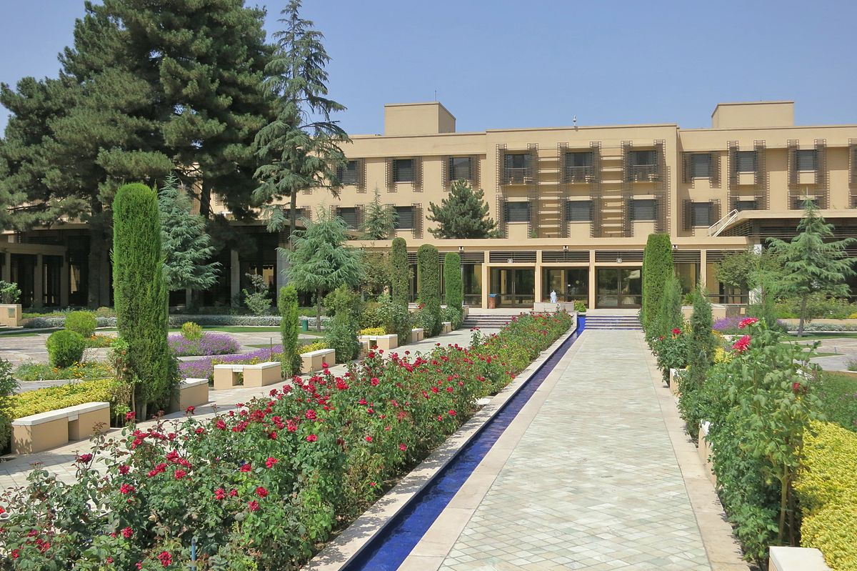 Zewnętrzny dziedziniec w Hotelu Serena w Kabulu