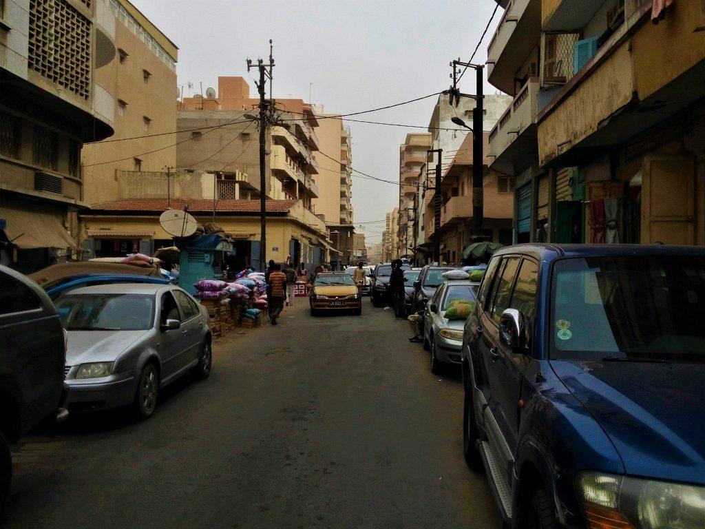 Jedna z ulic w Dakarze - stolicy Senegalu