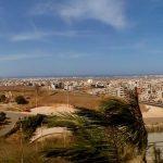 Panorama Dakaru widziana ze wzgórza na którym wznosi się pomnik renesansu