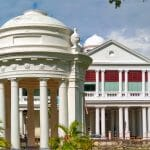 Budynek sądu w George Town