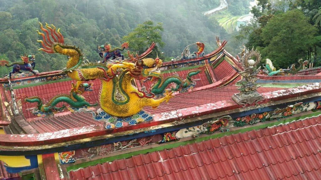 Dachy świątyni Chin Swee w Genting Highlands