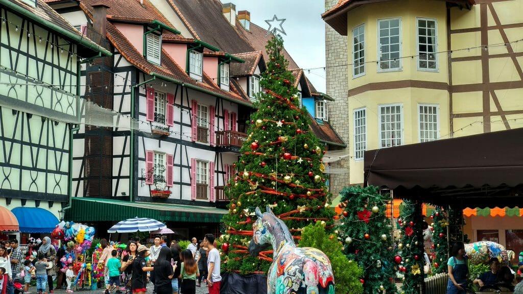 Rynek lub coś co go przypomina we Francuskiej wiosce w Malezji