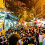 Ulica Tạ Hiện w Hanoi - to tu się koncentruje całe życie uliczne stolicy Wietnamu