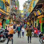 Ulica w Hanoi w Wietnamie która nocami zamienia się w centrum zabawy dla całego miasta