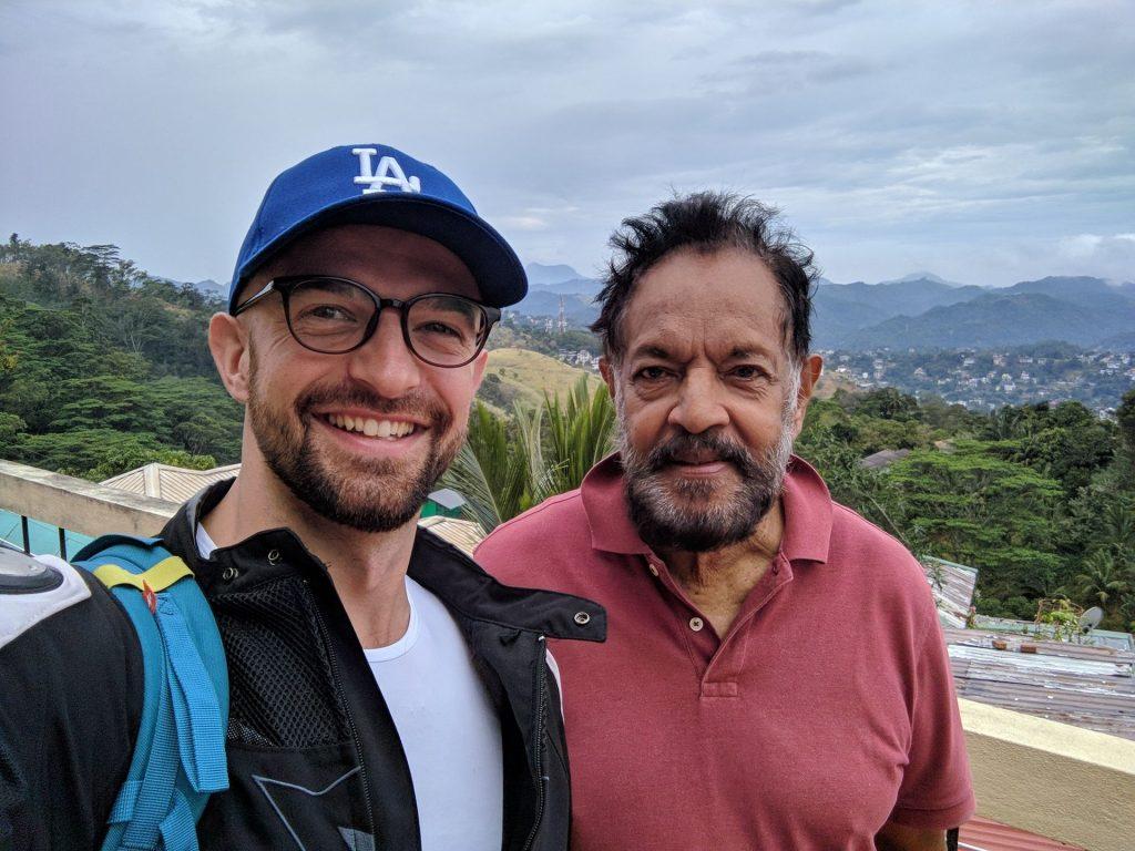 Właściciel pensjonatu w którym się zatrzymałem i były Ambasador Sri Lanki w Singapurze
